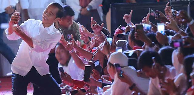 Jokowi Harus Jaga Perasaan Partai Pengusung Jika Ngotot Libatkan Profesional