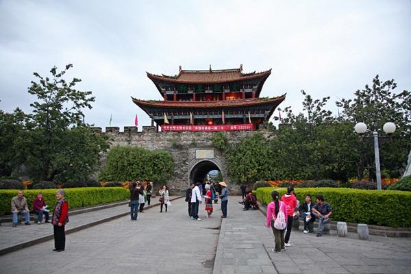 เมืองโบราณต้าหลี่ (Dali Ancient City: 大理古城) @ Kim (flickr)