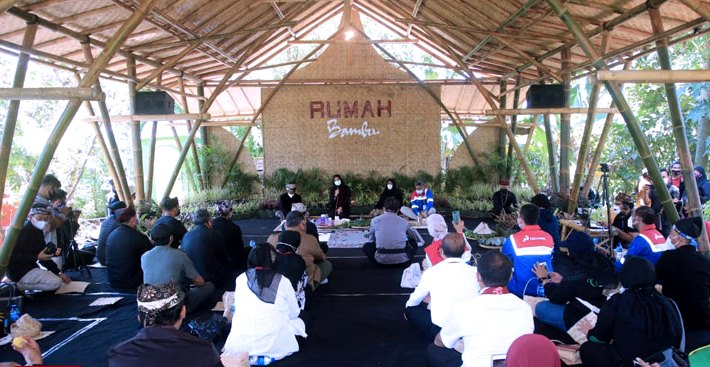 Rumah Bambu Kampoeng Batara Banyuwangi, Wadah Kreativitas Anak Rimba