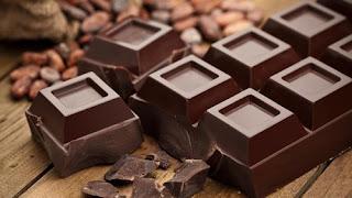 cokelat atau coklat