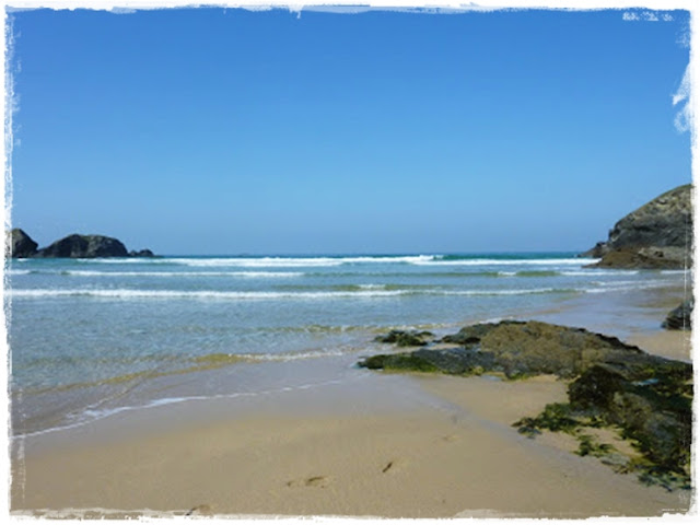 porthcothan-beach-cornwall