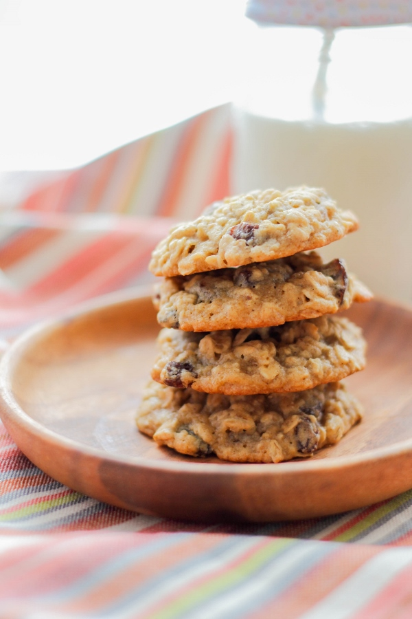 These soft and tender Oatmeal Raisin Cookies are filled with brown sugar, cinnamon, oats, and plenty of chewy raisins! Plus they are simple to make, which is the best part.