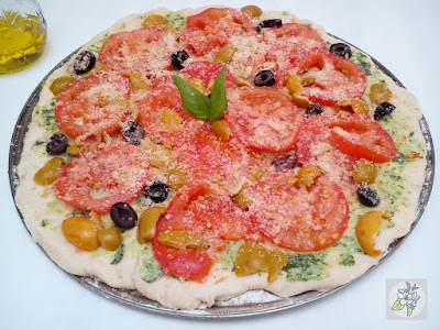 Pizza Vegana al Pesto Verde de Albahaca.