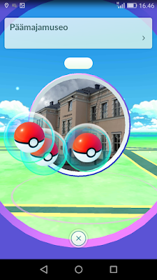 Ruudunkaappauskuva Pokemon Go-pelin Päämajamuseon pokestopista.