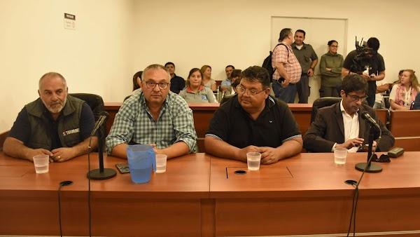 Municipales de Neuquén denuncian haber sido obligados a participar del acto de Macri