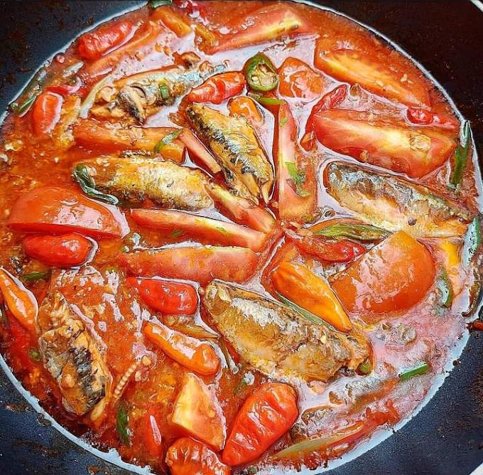 Ikan Sarden Saos Tomat Pedas Dan Sarden Tongkol