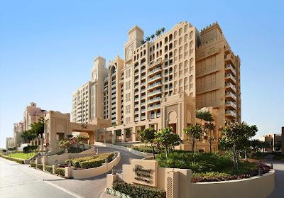 وظائف شاغرة بفندق فيرمونت في دبي للعديد من التخصصات للجنسين