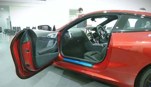 frameless door BMW 840i coupe gran coupe