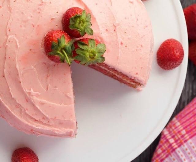 Strawberry Cake (From Scratch) #desserts #cake