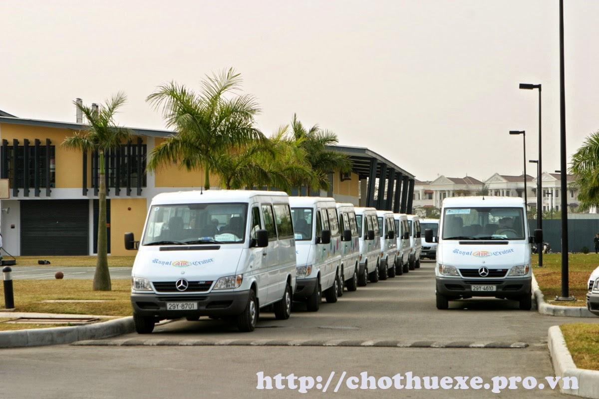 Cần thuê xe đưa đón công nhân từ công ty đi khu công nghiệp