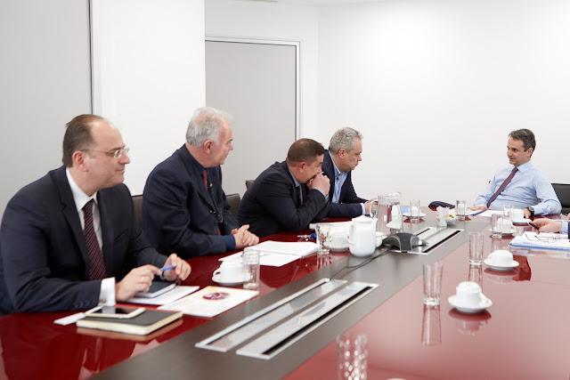 Τα προβλήματα του επαρχιακού τύπου συζήτησαν με τον Κυριάκο Μητσοτάκη, οι πρόεδροι των ενώσεων