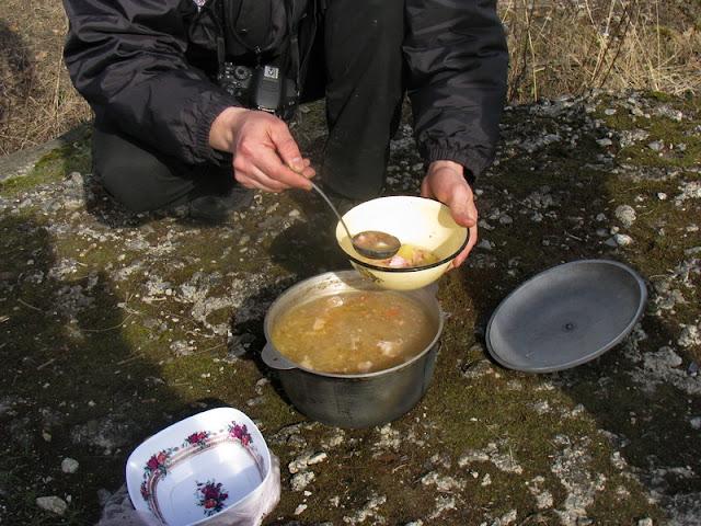 суп на природе