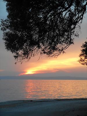 Tovarnele tramonto