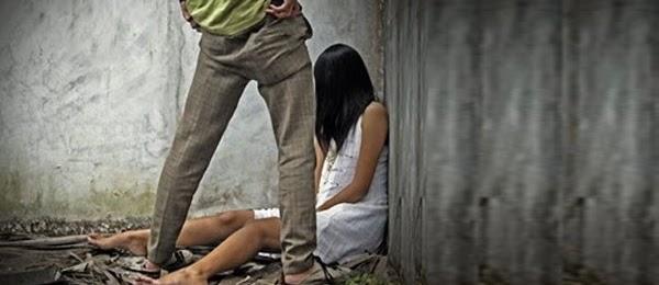 Naik Mobil Travel, Karyawati Cantik Dipaksa Oral Seks Oleh Sopir