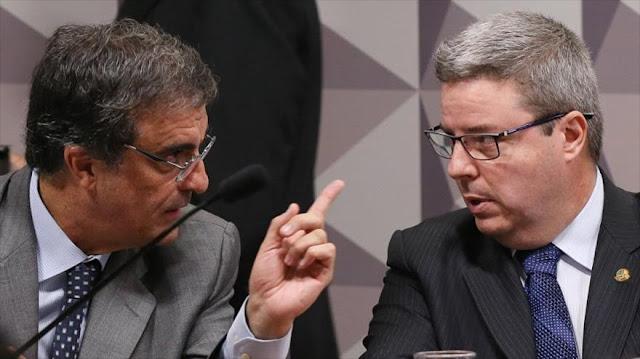 """El encargado del juicio a Dilma Rousseff vota seguir hacia su """"destitución"""""""