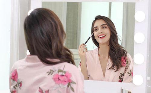Por que deberías tener un tocador de maquillaje en casa
