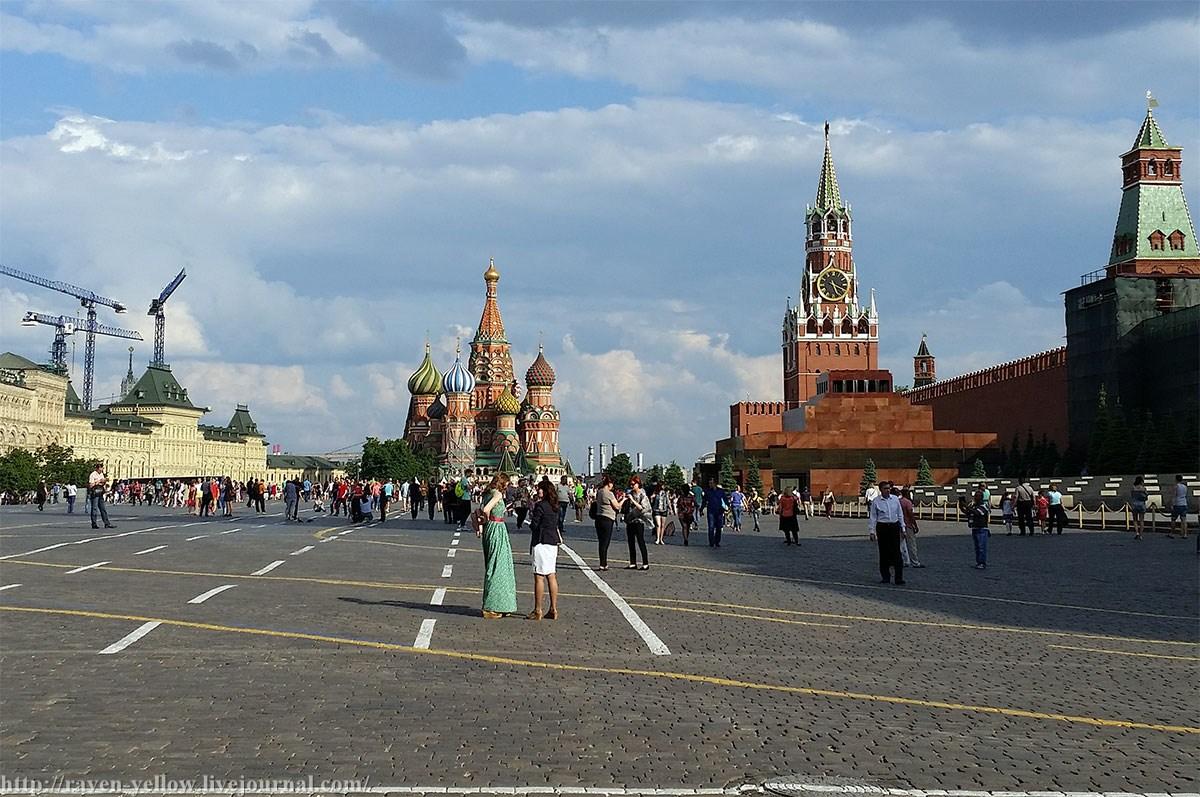 Москва красная площадь фотокамеры