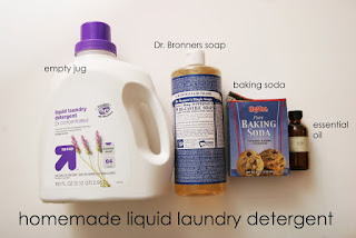 Homemade Liquid Laundry Detergent - 25 Essential Oil DIYs RoundUp