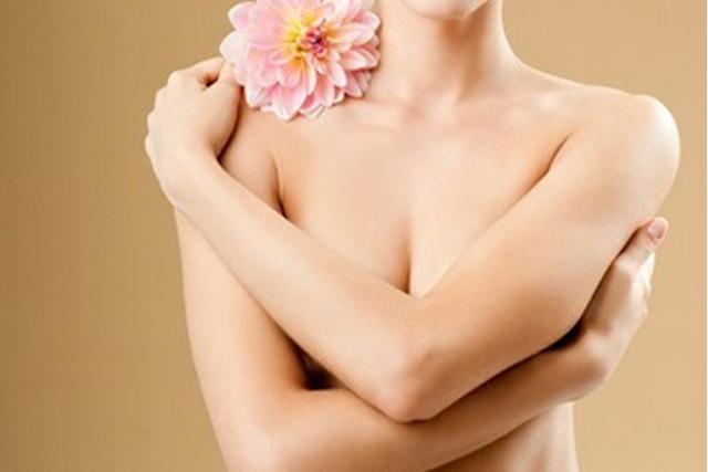 3 công thức tẩy da chết cho vùng nhũ hoa sáng mịn