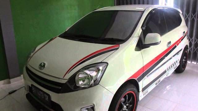 Foto Mobil Toyota Agya terbaru