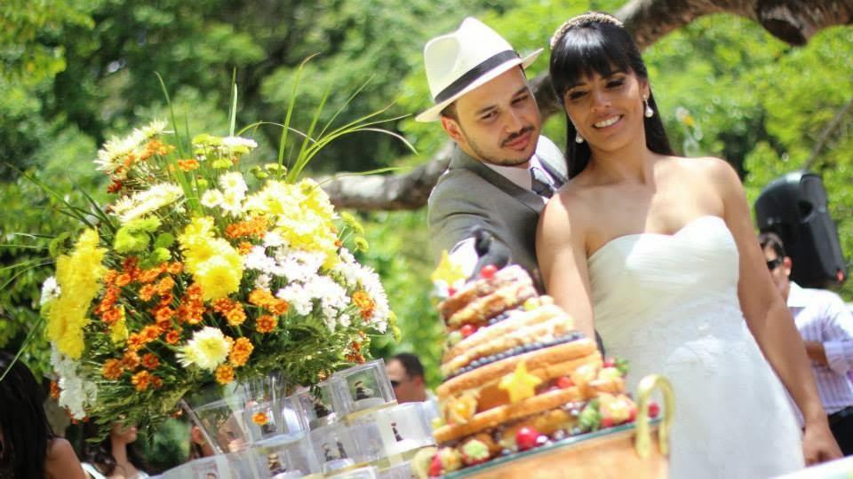 casamento-vale-verde-corte-bolo
