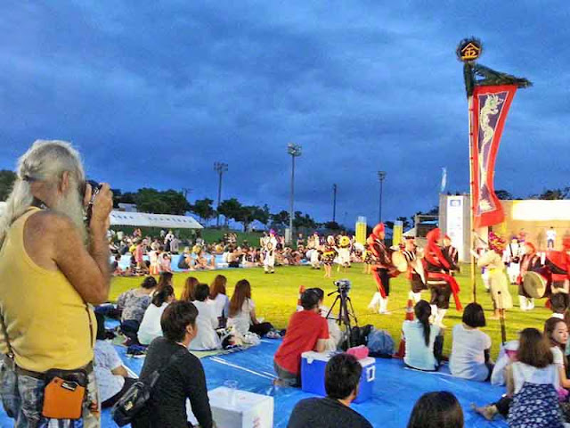 festival crowd, cameraman, Eisa dancers