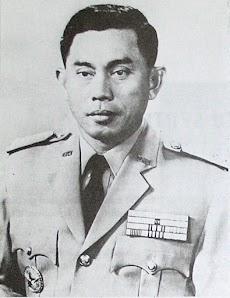 Sejarah Pahlawan Perjuangan Indonesia Jenderal TNI (Anumerta) Ahmad Yani Dan Letjen TNI (Anumerta) M.T Haryono