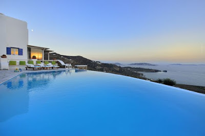 s2 Photos: Incredible Private Swimming Pools In Holiday Villas Around The World Lifestyle