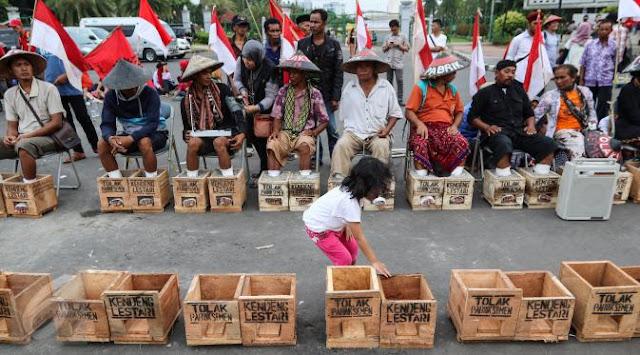 Derita Petani Kendeng, Pengamat: Apa Mesti Raisa yang Cor Kaki agar Jokowi Keluar Sarang?