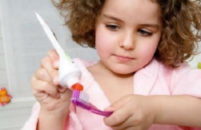 có nên tẩy trắng răng cho trẻ không -10