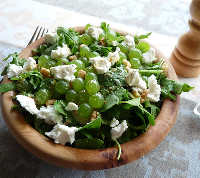 Grape, Arugula, & Spinach Salad with Goat Cheese & Walnuts