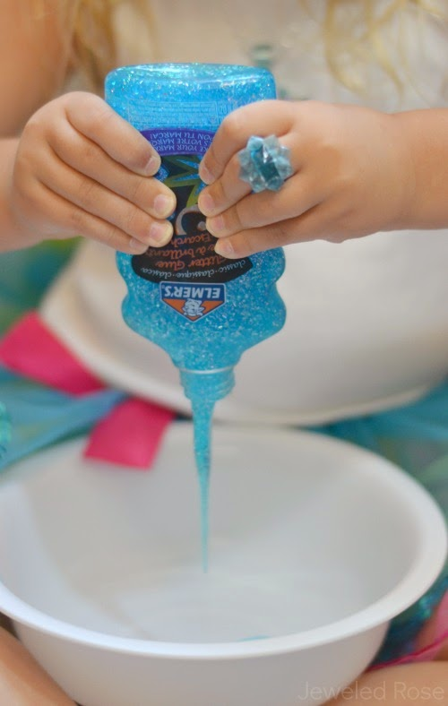FROZEN SLIME: slime that melts in kids hands as they play! #howtomakeslime #slimerecipe #slime #slimeforkids #playrecipes #playrecipessforkids #artsandcraftsforkids