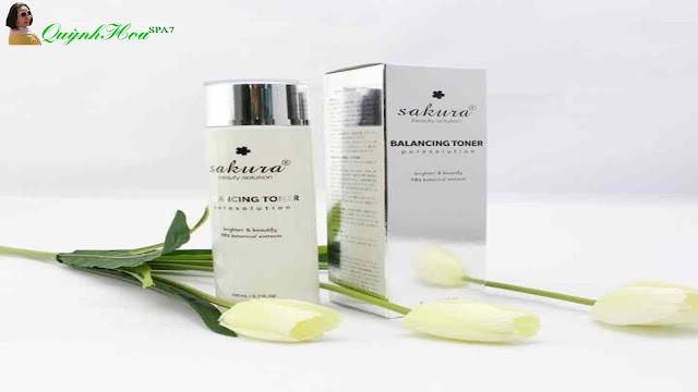 Nước cân bằng da là gì và tác dụng chăm sóc da mặt?