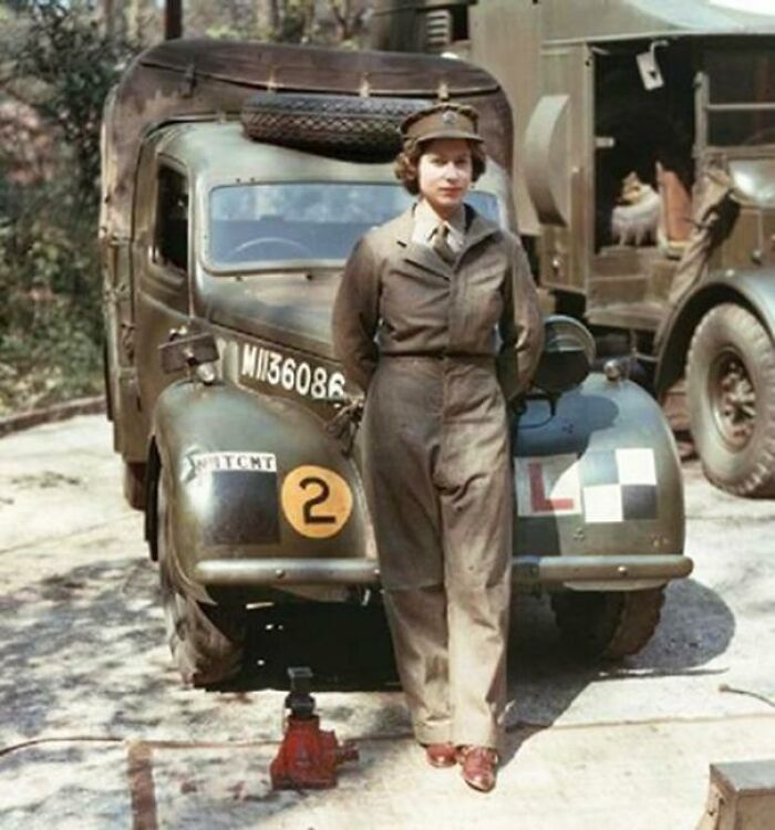#13 Young Queen Elizabeth As A Mechanic During WW2 (C. 1939)