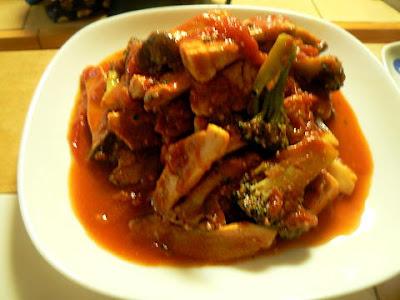 トマトソースのメカジキ炒め煮