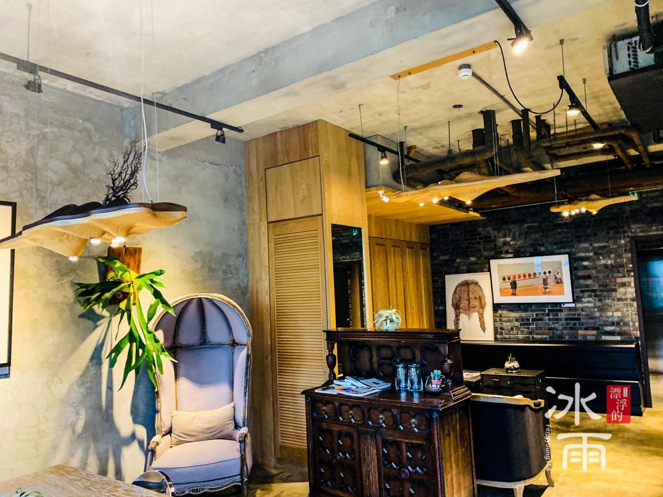 帕鉑舍旅 高雄住宿推薦 二樓有超多可以拍照的角落,是網美的最愛