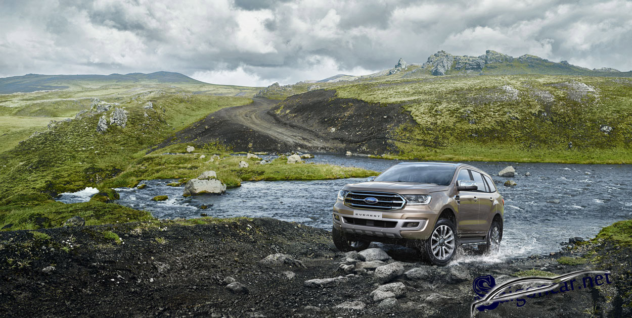 giá xe Ford Everest 2019