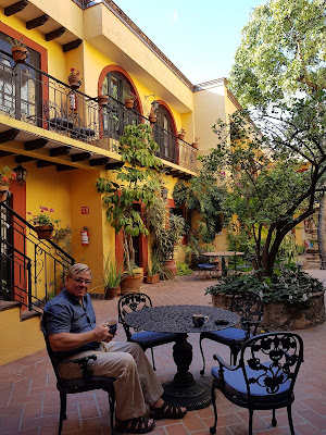 Anders relaxing in the courtyard of Casa Mia Suites, San Miguel de Allende