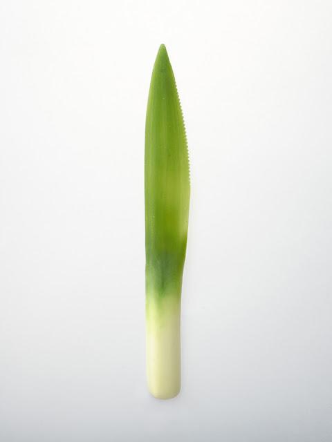 野菜と融合した美しいスプーンやフォーク【i】