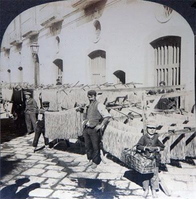 """Μακαρονάδες από τα γεννοφάσκια τους οι Ναυπλιώτες - Είχαν """"Φάμπρικα μακαρονιών"""" από το 1824"""