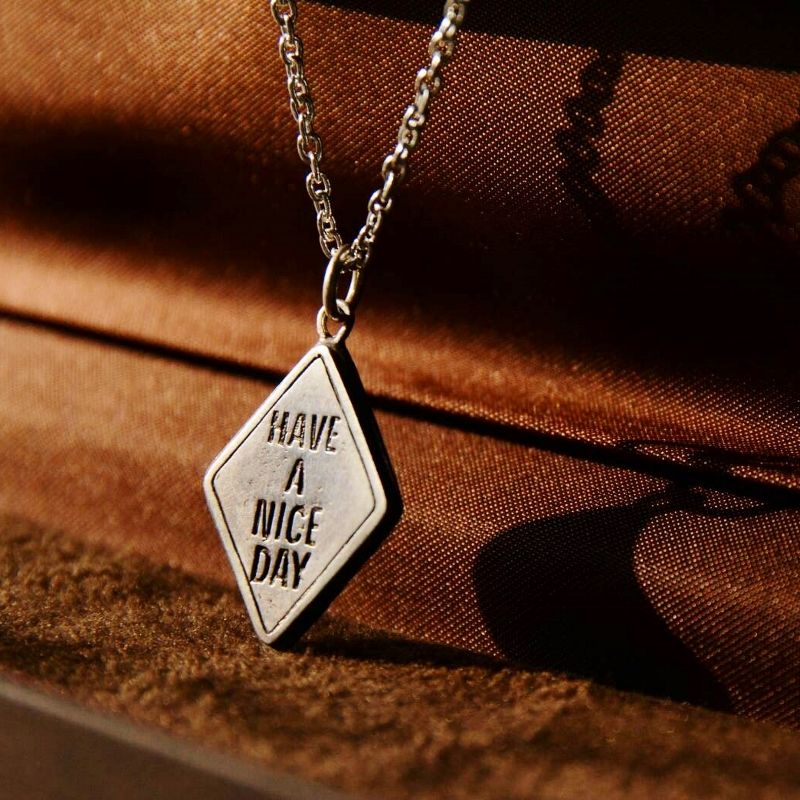 """HAVE A NICE DAY"" Traffic Silver Necklace 発売開始です!"