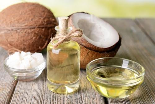 Benefícios do Óleo de Coco para Cabelos e Pele