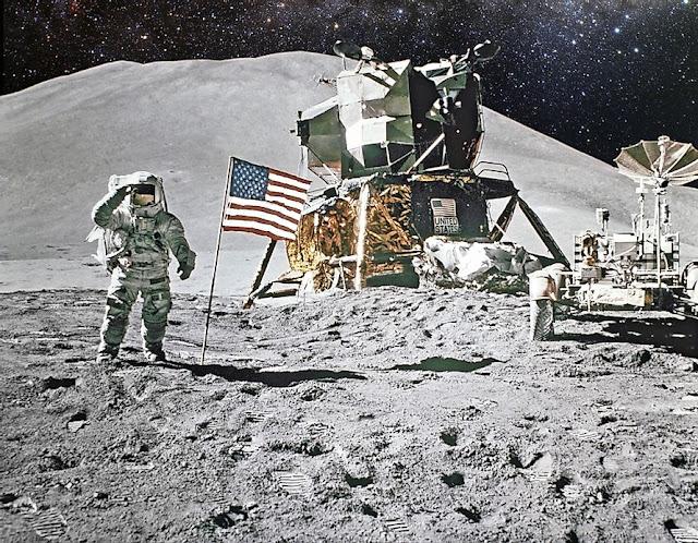 Apollo Moon Lander and Astronauts.
