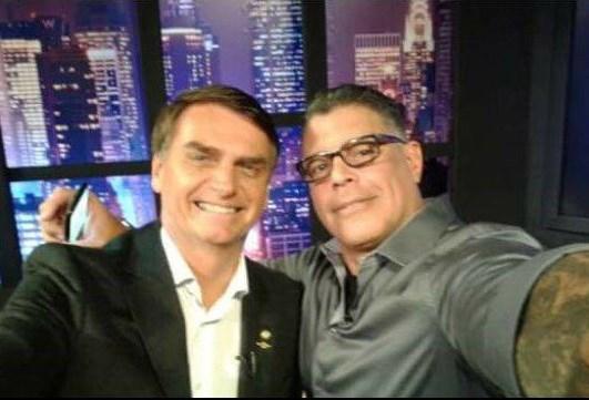 Bolsonaro diz em brincadeira que Alexandre Frota será seu Ministro da Cultura