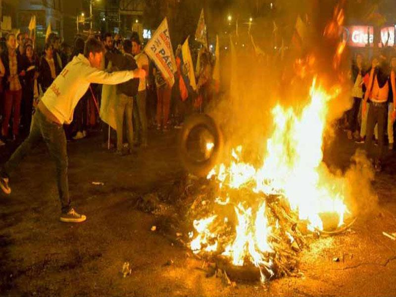 Manifestaciones opositoras causan congestión en capital de Ecuador