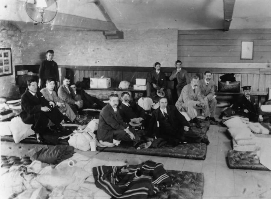 Survivors of the Titanic sinking