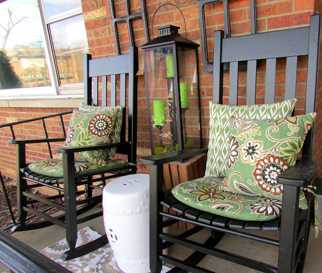 Decorating a small front porch for the spring season.