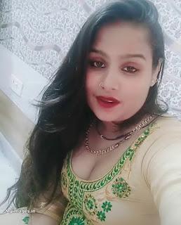 indian aunty image