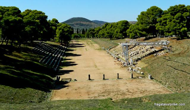Estádio do Santuário de Asclépio (Asclepeion), Epidauros, Grécia