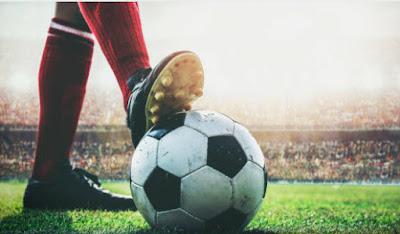 مراجعة لعبة الاندرويد الاسطورية  Fifa 2021  تعد لعبة فيفا احد الالعاب